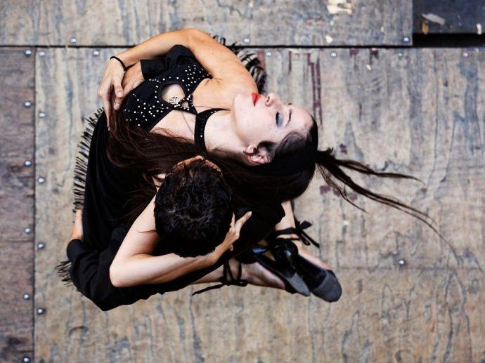 tango-buenos-aries-argentina_61935_990x742