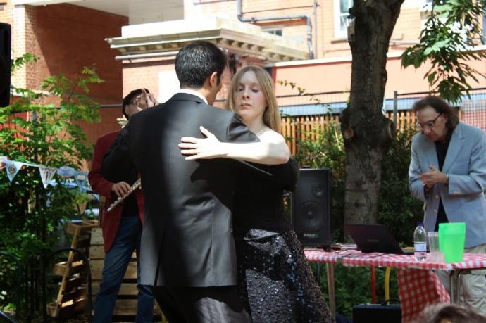tangohand